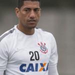 Mercado da bola: Corinthians topou o pedido de Ralf por dois anos de contrato