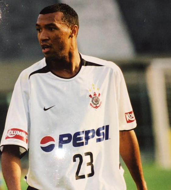 """Lucas Moura Foi Para Qual Time: Lucas Destaca """"sonho Realizado"""" De Jogar No Corinthians E"""