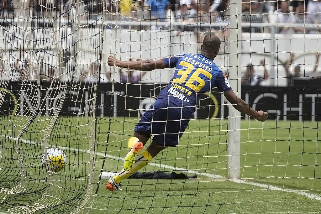 Santos não teve vida fácil nos jogos pela manhã de 2016; relembre