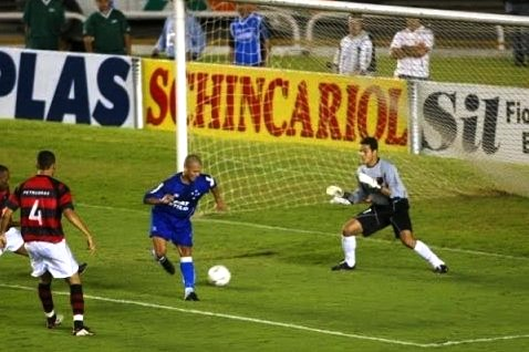Flamengo x Cruzeiro: relembre a final da Copa do Brasil de 2003 ...