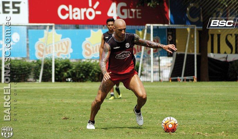 Adversário do Santos terá desfalque de ex-Inter Ariel Nahuelpán na ida da Libertadores