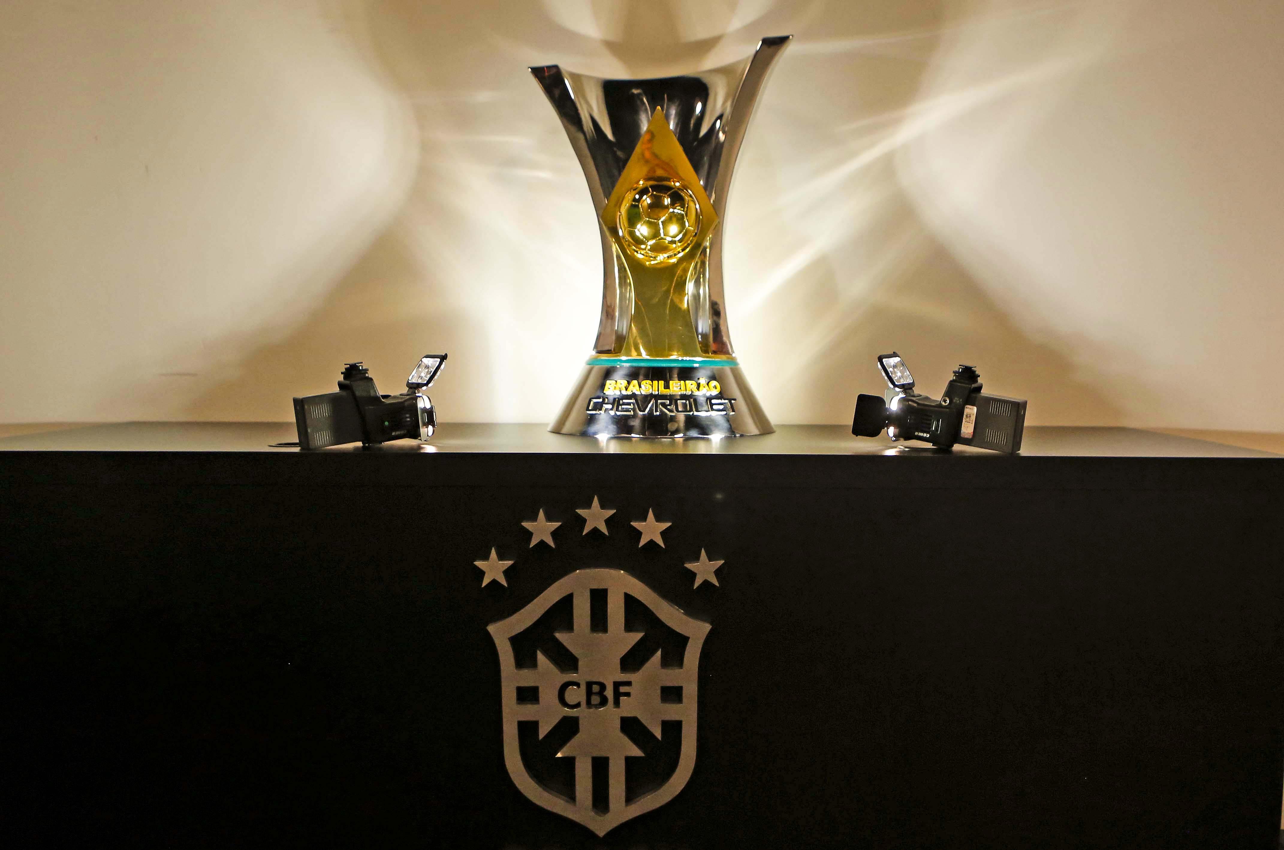 Qual time é o maior campeão do Brasil? Veja ranking