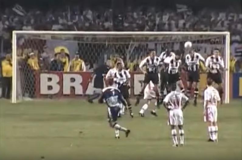 São Paulo x Santos: O primeiro e único gol de goleiro em uma final ...