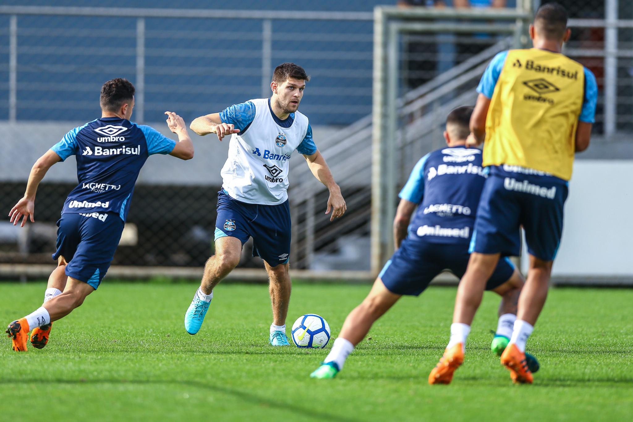 Kannemann deve ser relacionado pelo Grêmio