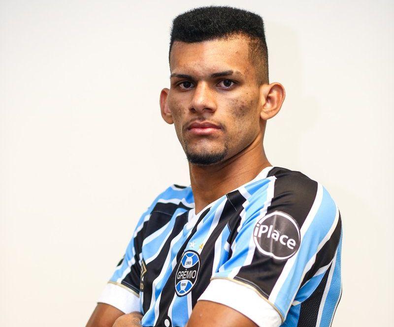 Gremio Anuncia Contratacao De Zagueiro Destaque Da Serie C Para O Sub 23