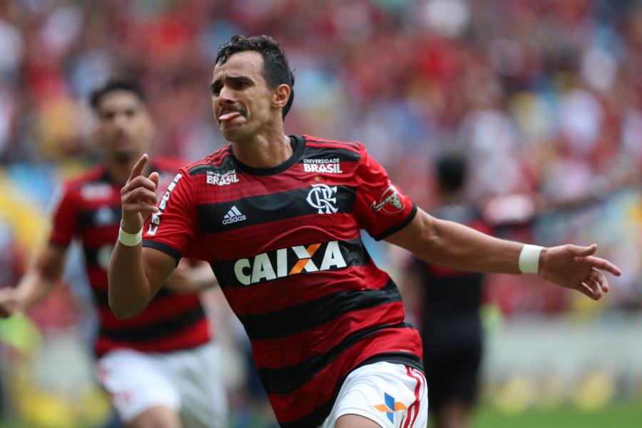 Flamengo - Henrique Dourado