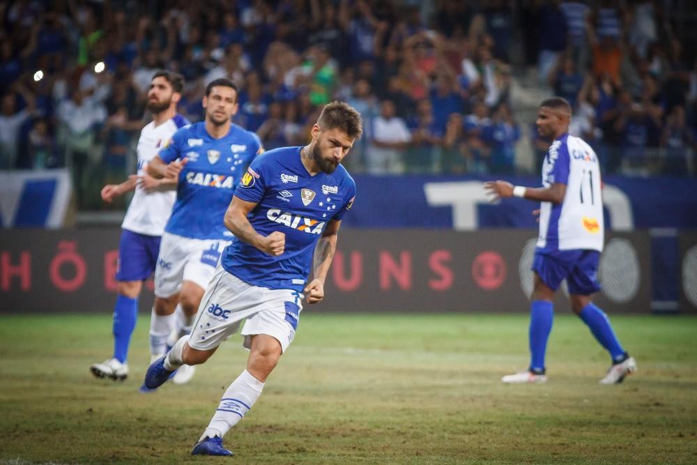 Mano Menezes - Cruzeiro