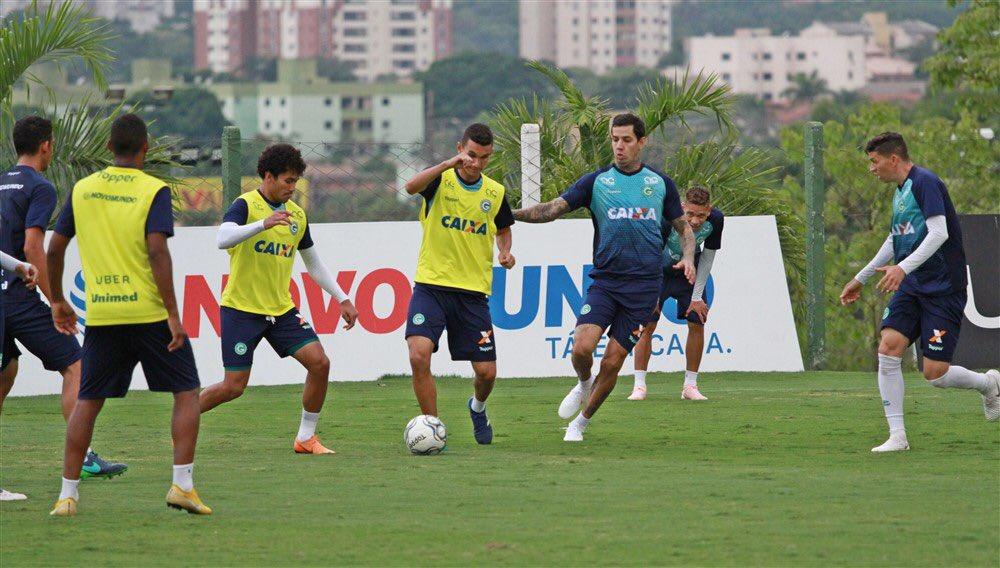 Confira o que está em jogo no duelo entre Goiás x Londrina