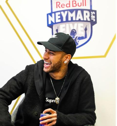 27º aniversário de Neymar terá uma festa de gala, em um espaço de luxo em Paris.