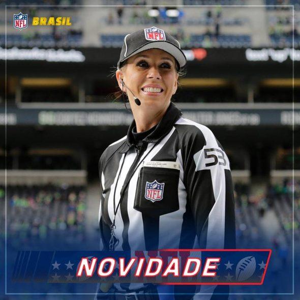 Sarah Thomas apitando pela NFL