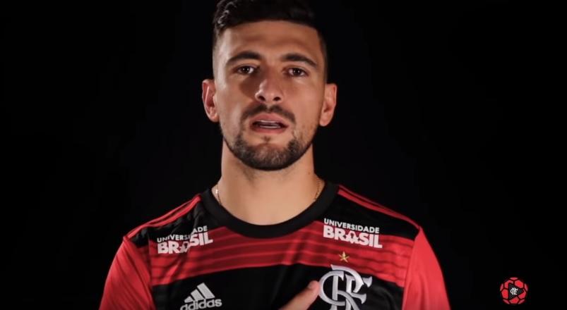 A primeira parcela do pagamento por Arrascaeta já foi paga pelo Flamengo.