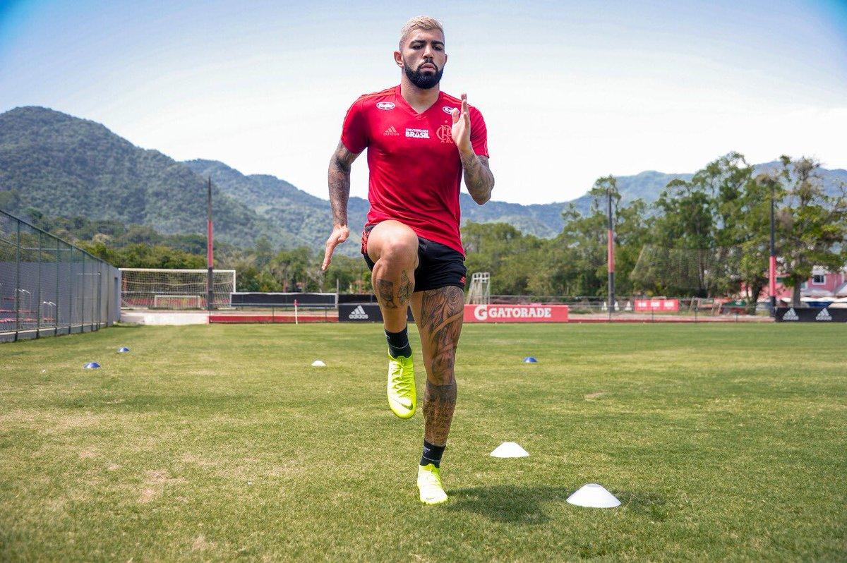 Antes de ser apresentado, Gabigol realizou o primeiro treinamento com a camisa do Flamengo.