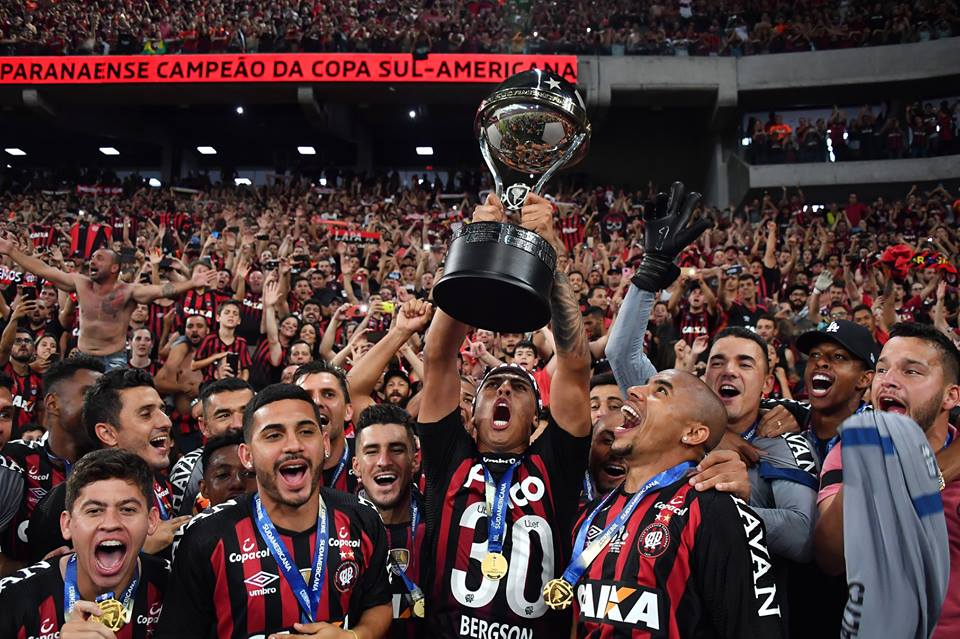 A decisão da Recopa não será alterada e River Plate e Athletico Paranaense decidiram o título em duas partidas.