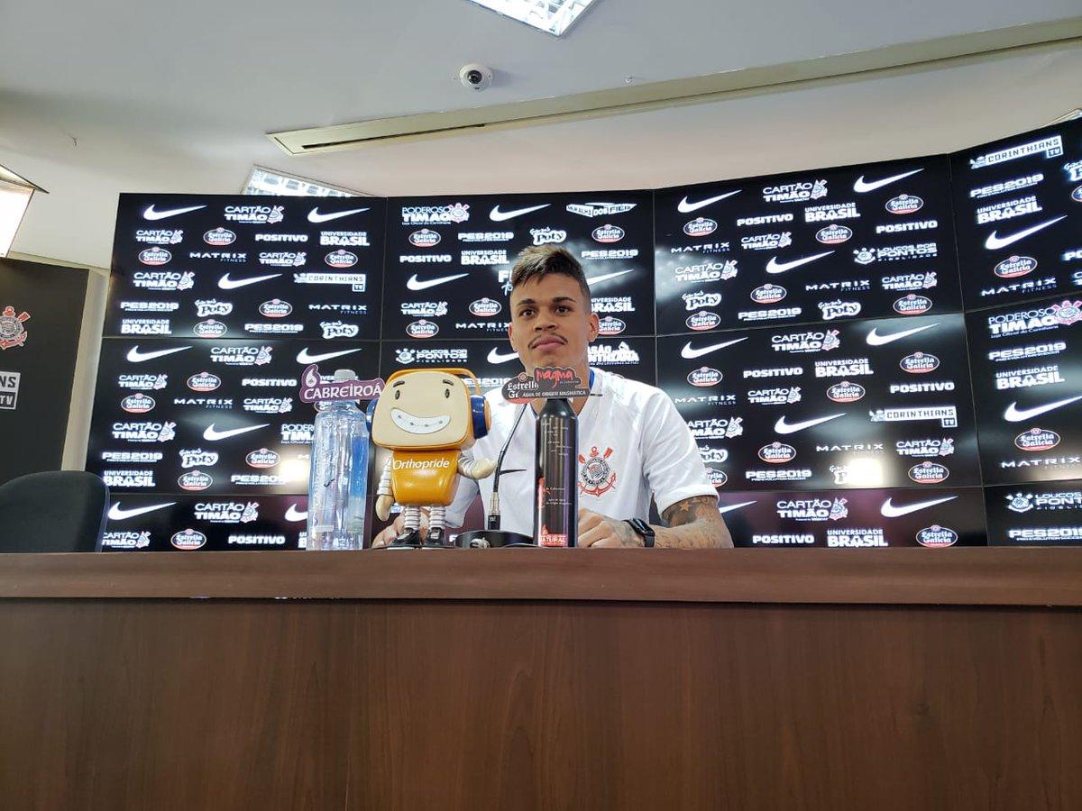 Richard tem nova chance no Corinthians