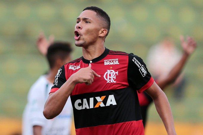 Kleber Leite, ex-presidente do Flamengo, crê que o jovem Vitor Gabriel irá obter sucesso no time principal rubro-negro.