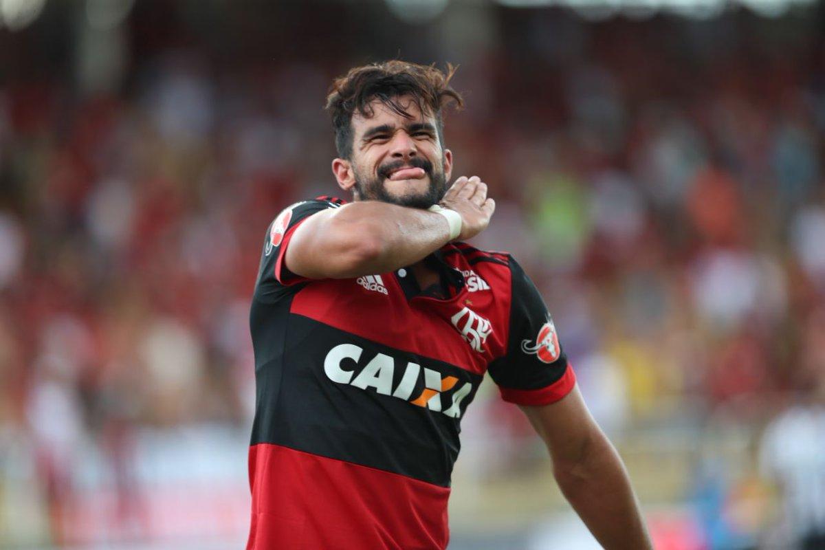 Jogador se despediu do Flamengo pelo Instagram