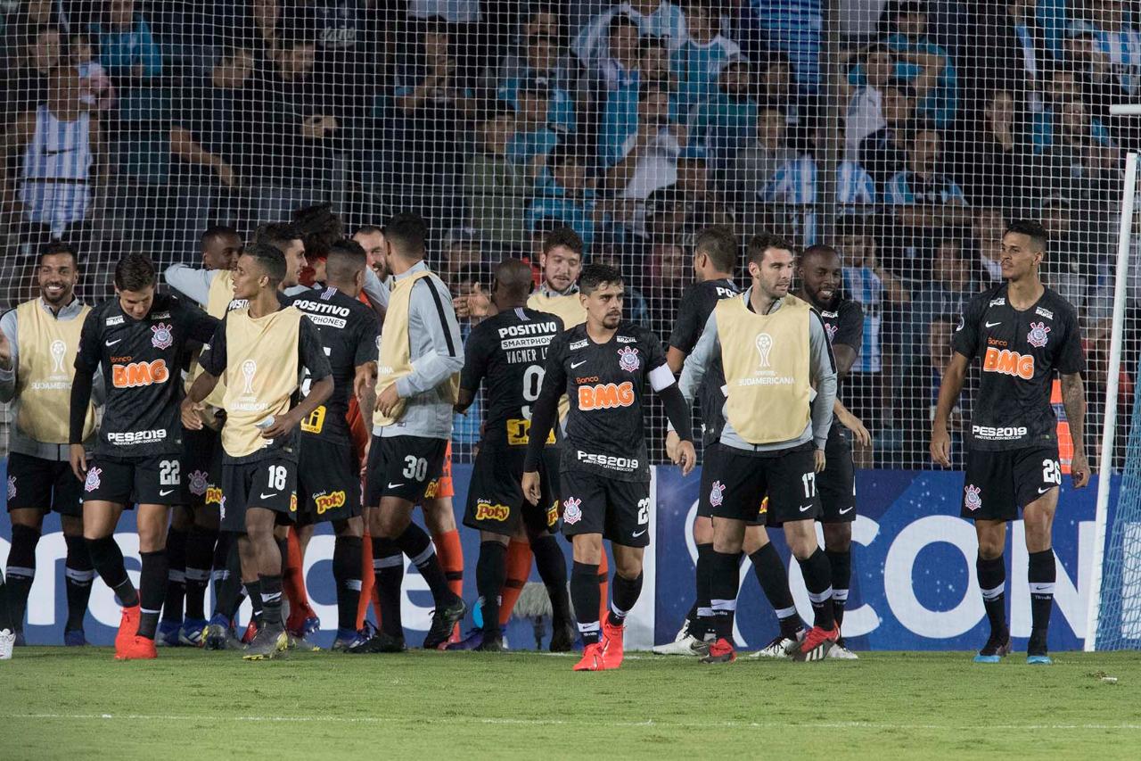Corinthians encara o São Bento na nona rodada do Campeonato Paulista.