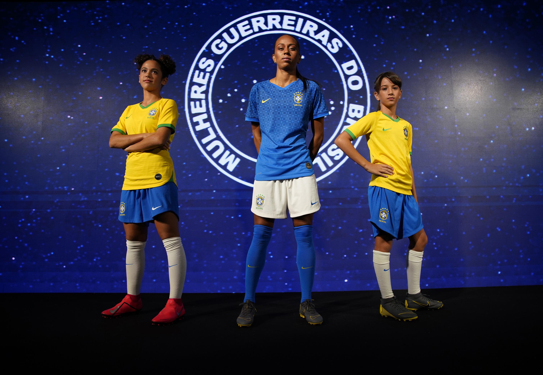 """Nike Premier Cup Feminina"""