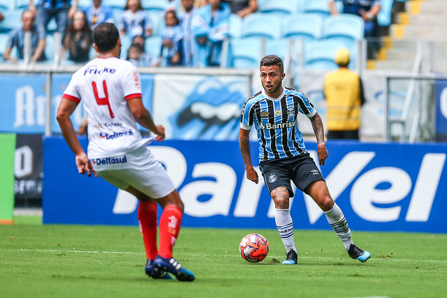 Gremio x Sao Luiz Matheus Henrique