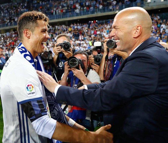 Cristiano Ronaldo valorizou tempo que conviveu com Zidane no Real Madrid.