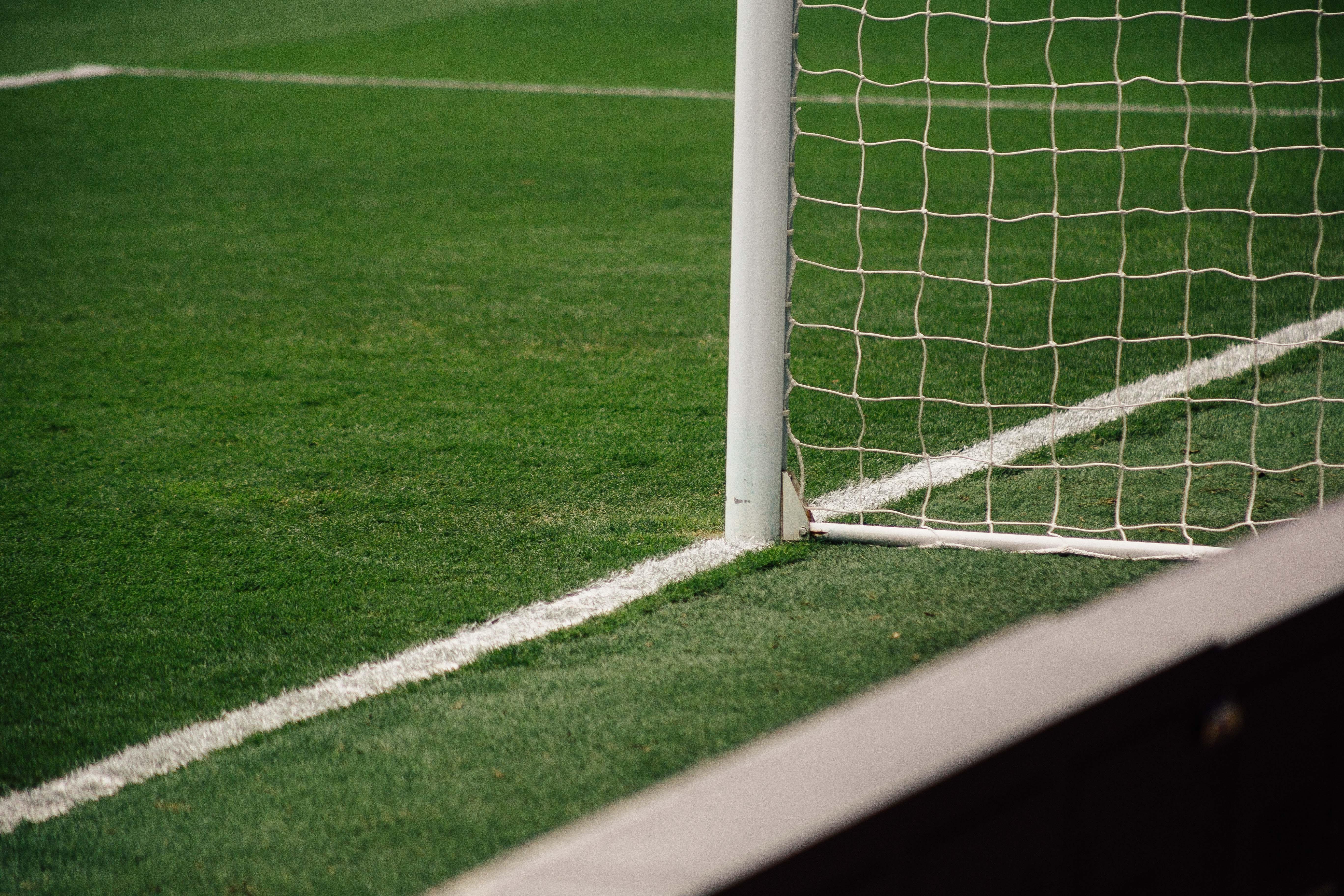 DAZN transmite 15 jogos neste domingo (29)