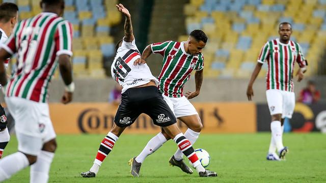 Allan, titular do Fluminense contra o Santa Cruz
