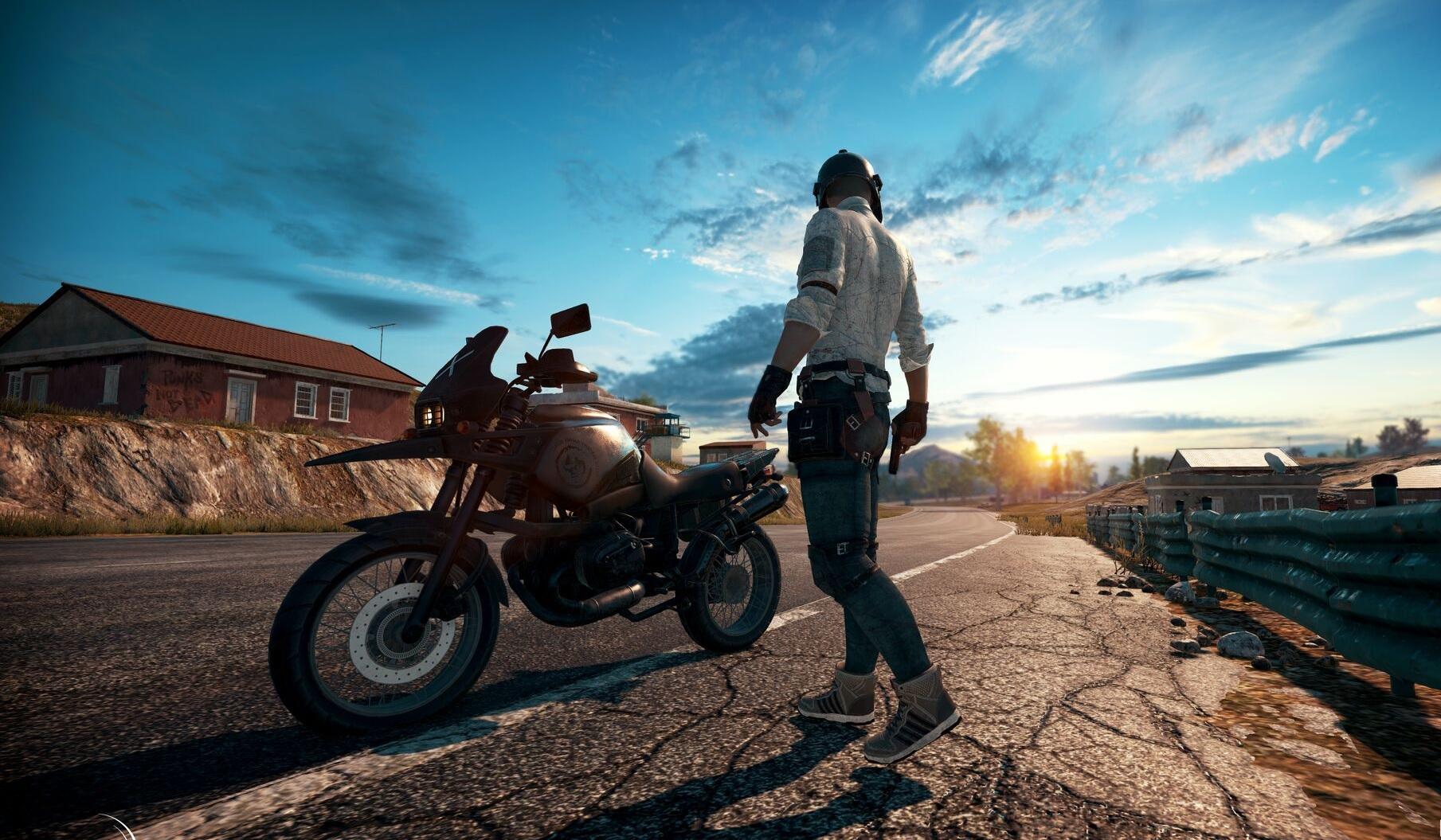 Durante um Inside Xbox na Gamescom 2019, os desenvolvedores de Playerunknown's Battlegrounds revelaram que estão trabalhando em um cross-play entre os consoles Xbox One e PlayStation 4.