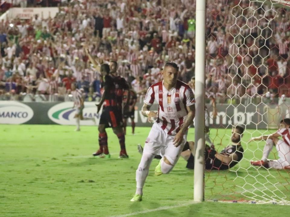 Náutico conseguiu uma vitória heroica sobre o Campinense e garantiu vaga na Copa do Nordeste de 2020.