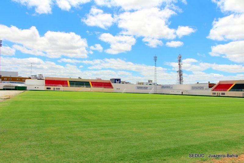 Estádio Adauto Moraes é o palco de Juazeirense e CRB