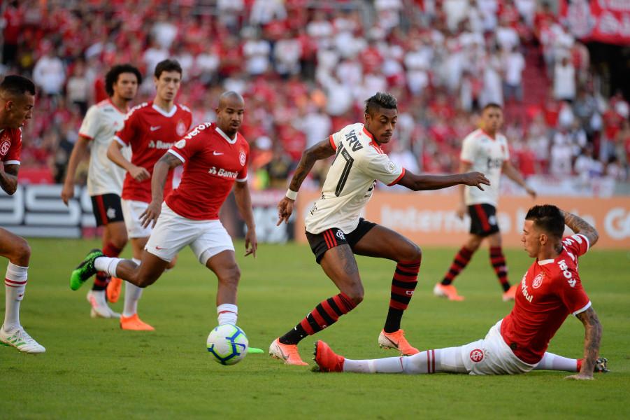 Com dois gols na estreia, Bruno Henrique é o artilheiro do Flamengo no Brasileirão