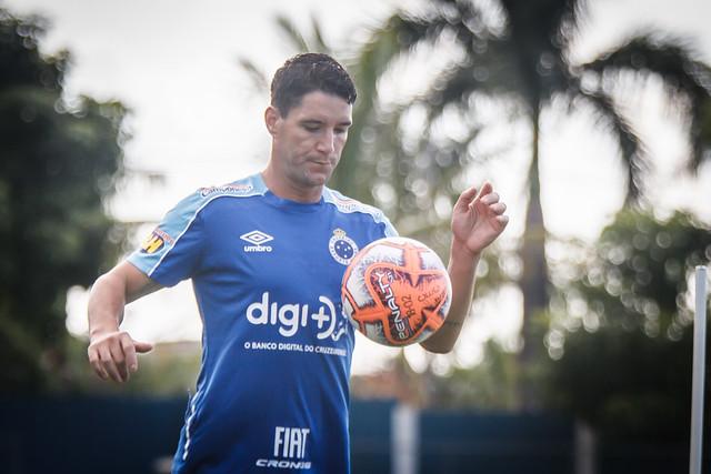 Thiago Neves é um dos desfalques do Cruzeiro