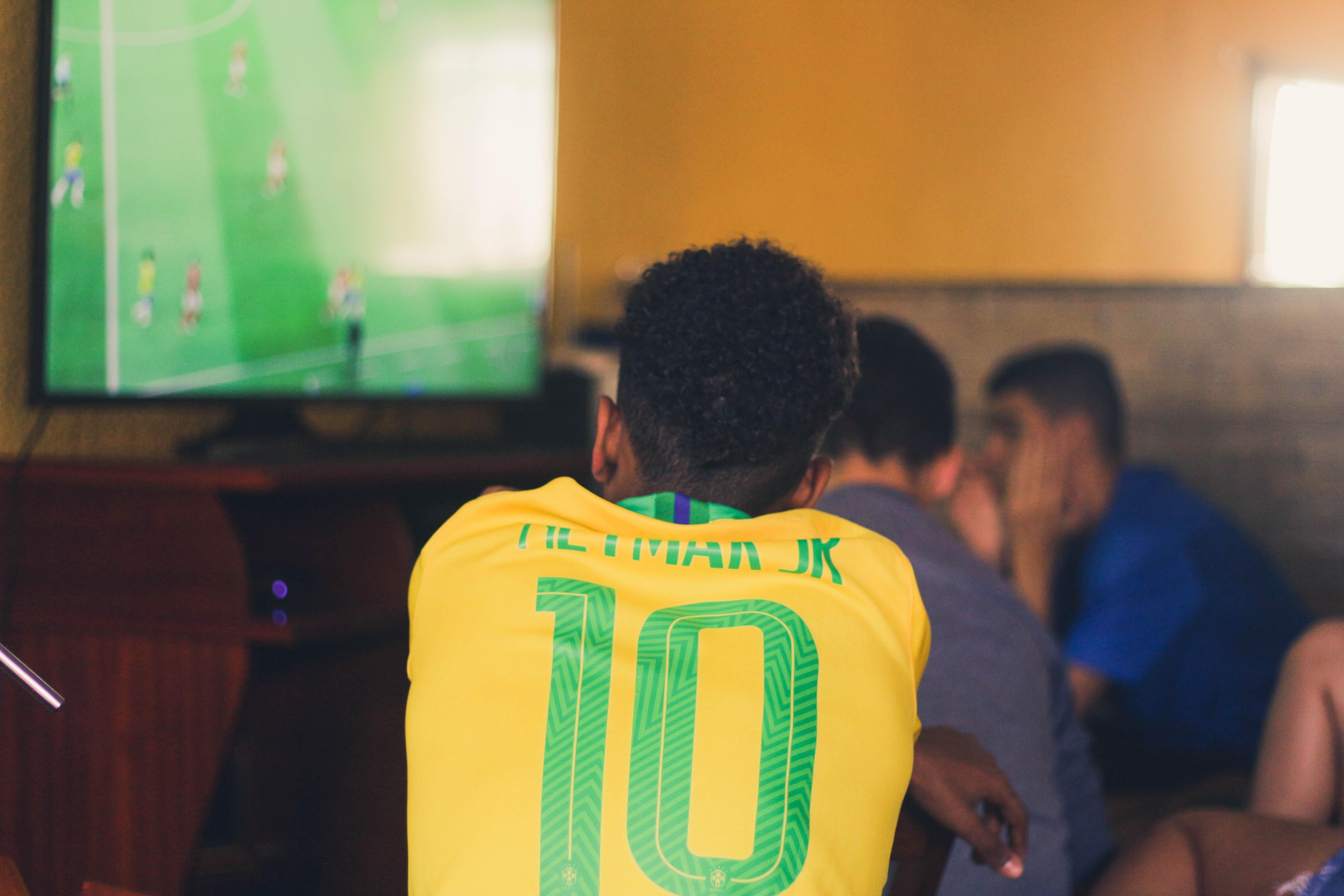 Seleção brasileira entra em campo nesta quarta-feira (5)