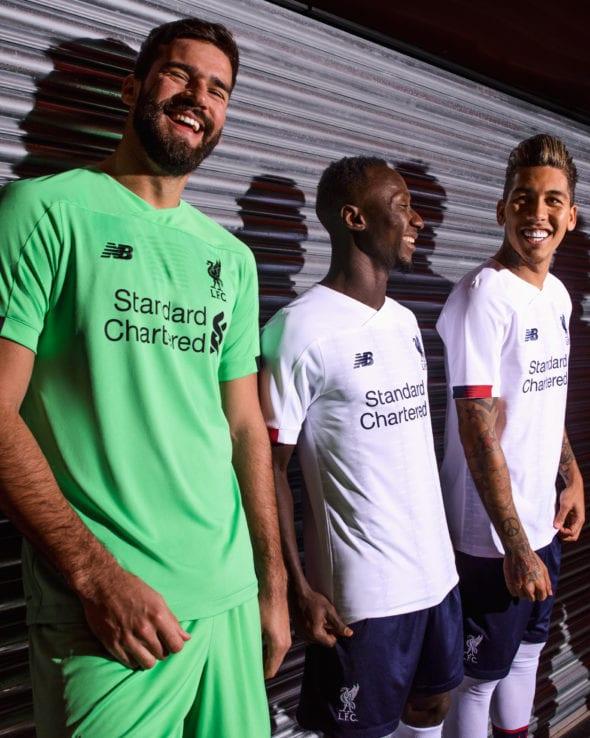 Liverpool Lanca Kit Away Para Temporada 2019 2020 Torcedores Com