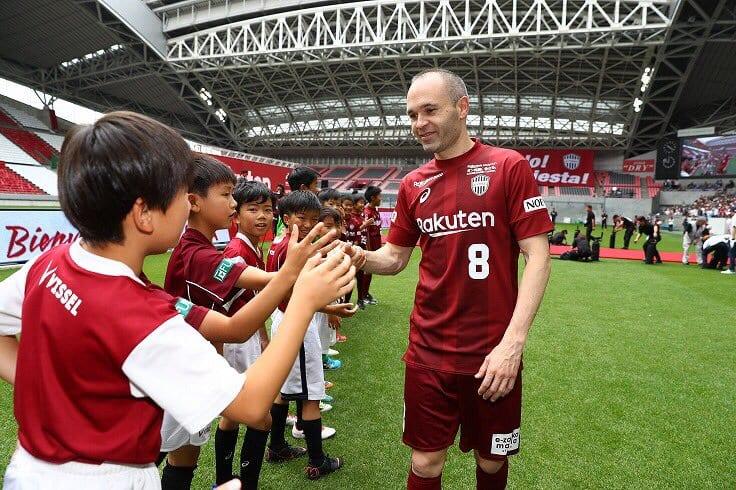 Campeonato Japonês conta com alguns astros de renome mundial.