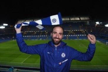Higuain defendeu o Chelsea na última temporada do futebol europeu