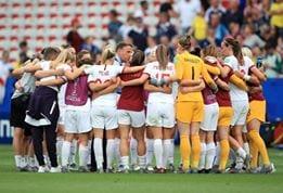 Inglaterra x Camarões - França x Brasil - seleção francesa - seleção brasileira - seleção inglesa - Copa do Mundo de Futebol Feminino.jpg