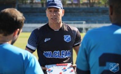 Ivan Izzo, novo técnico do Taubaté, que assume para a disputa da Copa Paulista