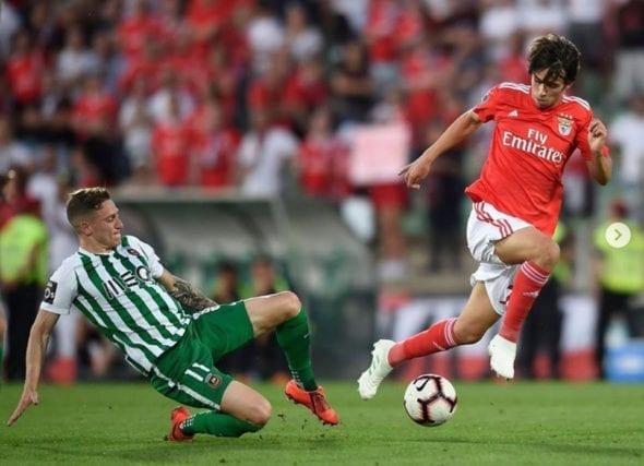 João Félix em ação pelo Benfica, clube que o projetou