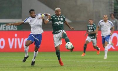 Deyverson abriu o placar no jogo entre Palmeiras e Avaí