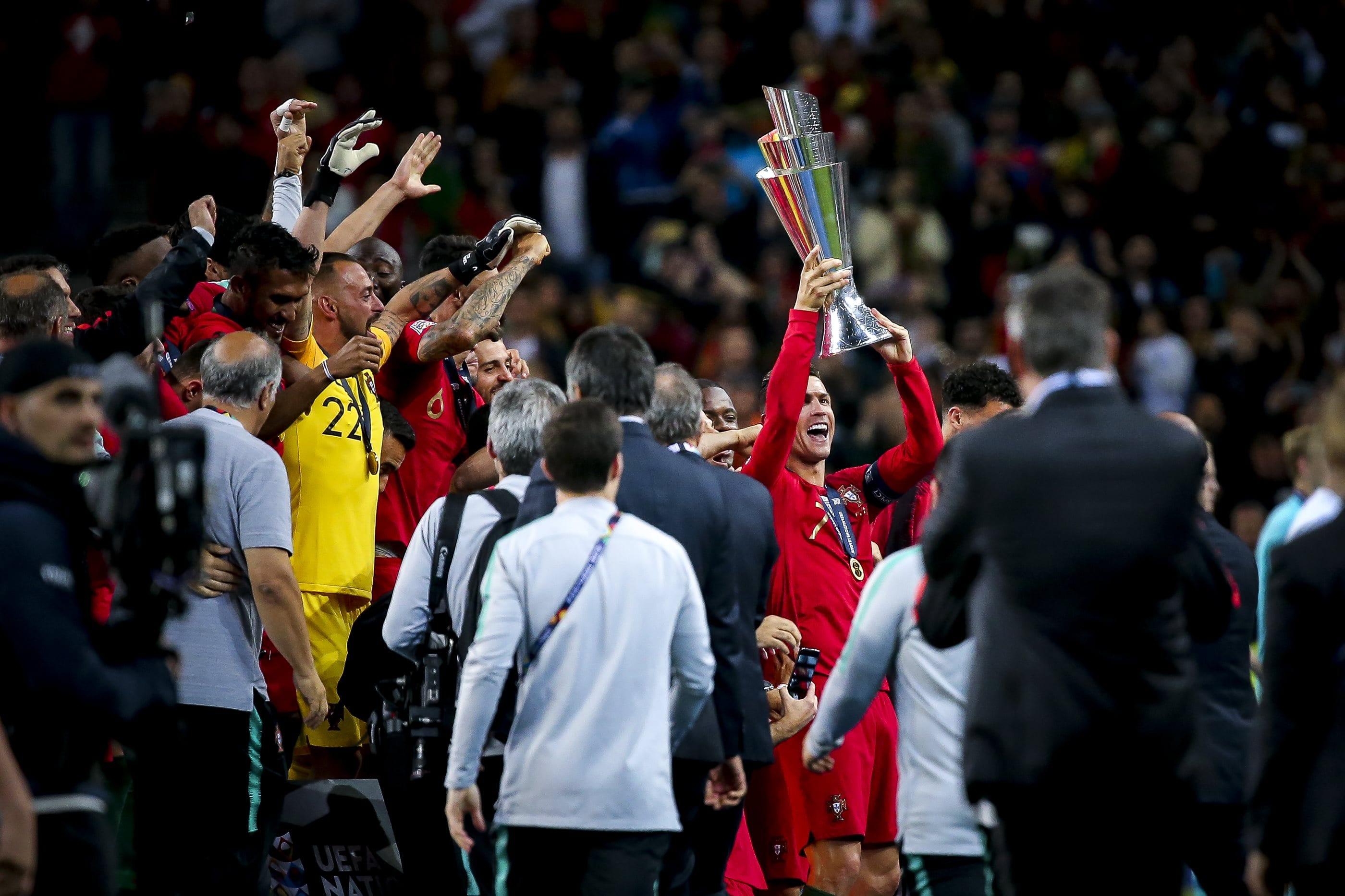 Campeão da Eurocopa, Cristiano Ronaldo levanta outro título pela seleção, o da Nations League