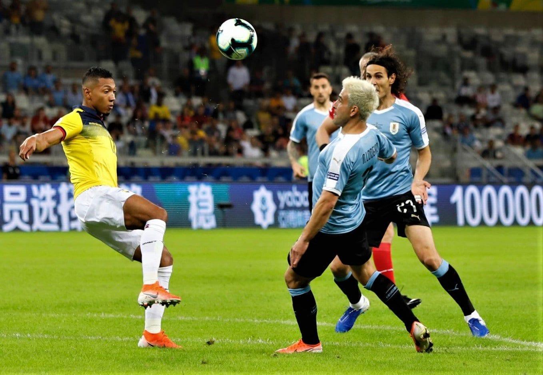 Mineirão recebe nesta noite o jogo entre Uruguai e Equador