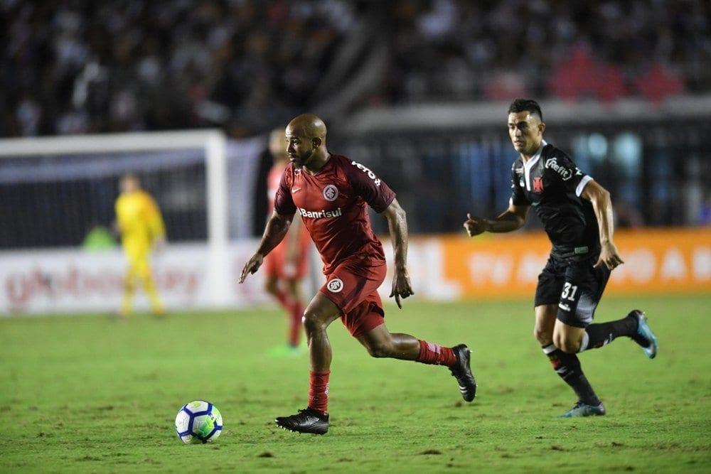 Vasco e Internacional abrem a rodada do Brasileirão nesta sexta (7)