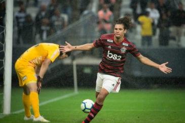 Willian Arão, meio-campista do Flamengo