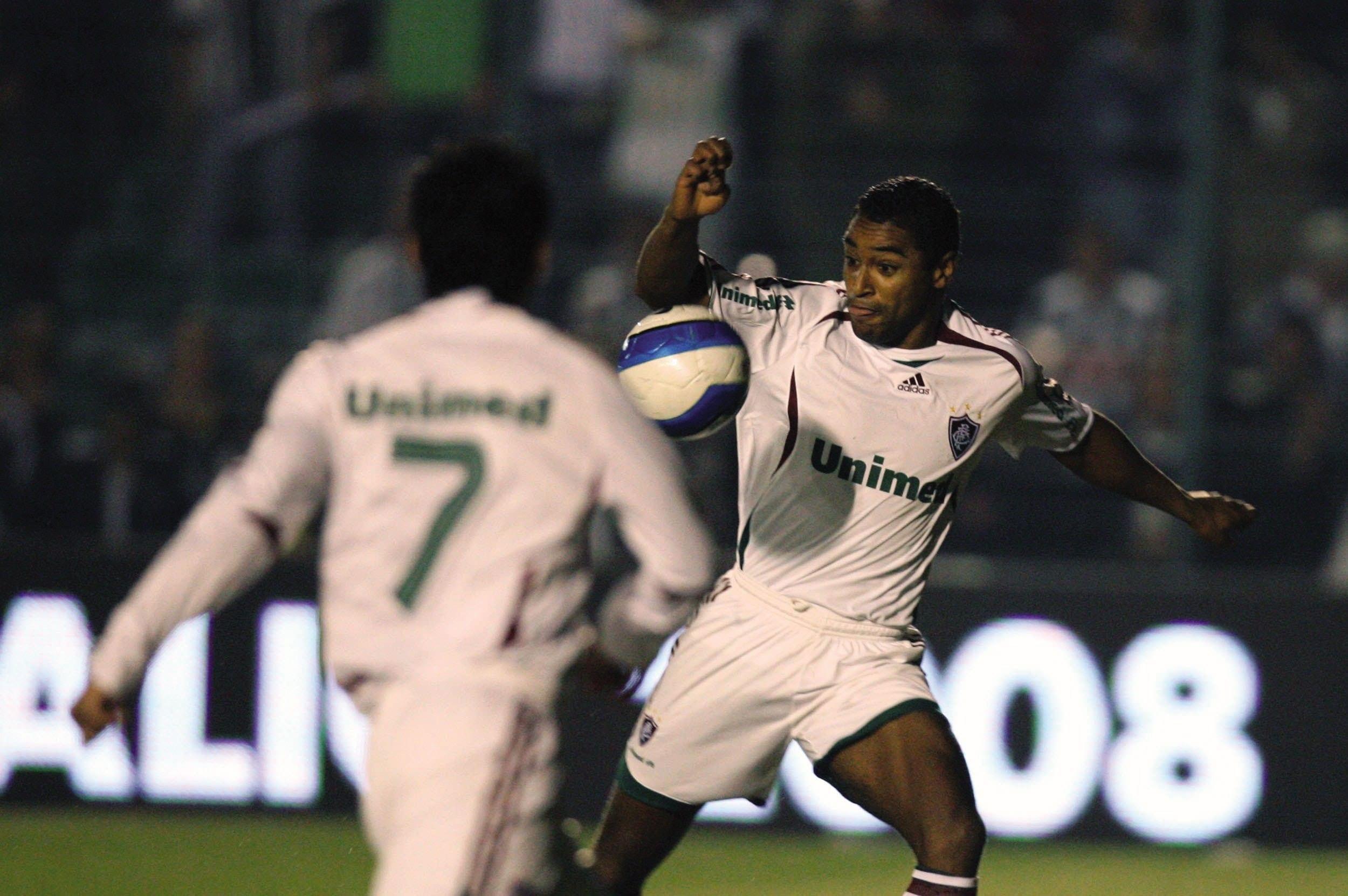 Roger fez o gol tricolor no Orlando Scarpelli, e Flu derrotou o Figueira para ficar com a Copa do Brasil