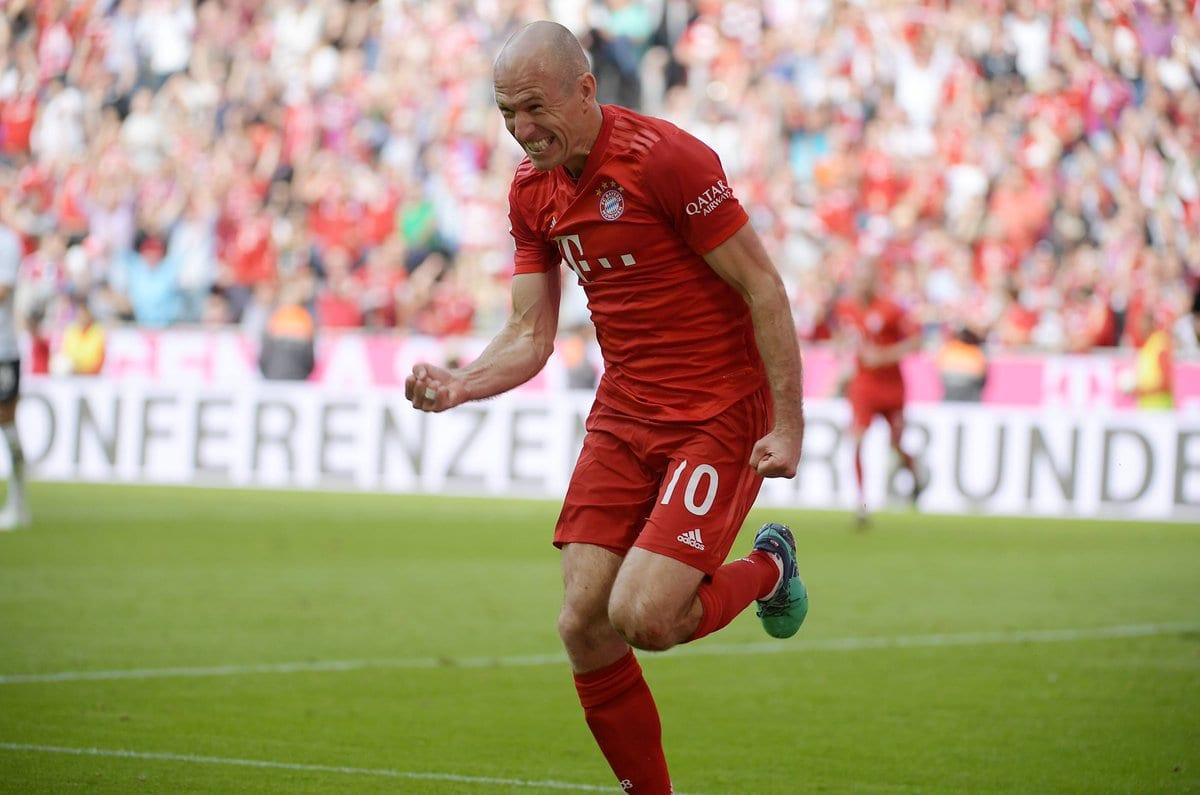 Robben, um dos nomes do futebol mundial que se aposentaram