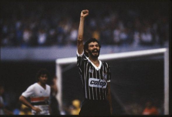 Sócrates, ex-jogador do Corinthians e da seleção brasileira futebol política