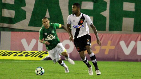 Vasco viaja para Brasília com Breno