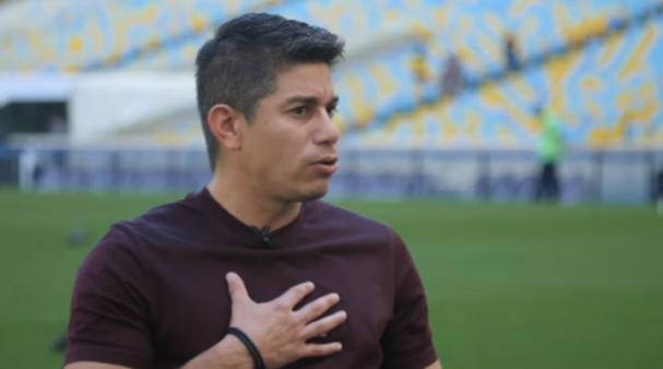 Timidez de Conca fez o argentino pensar em deixar o Vasco.