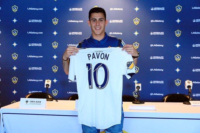 Pavón acredita que continuará com chances de ser convocado para seleção argentina.