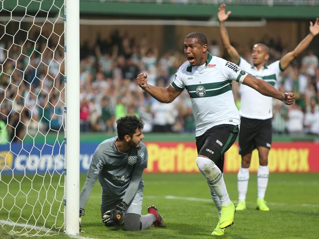 https://www.torcedores.com/noticias/2019/08/coritiba-x-brasil-de-pelotas-assistir-o-jogo-brasileirao-ao-vivo-na-tv
